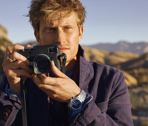 Nhiếp ảnh gia Cory Richards - một trong 4 nghệ sĩ tài năng mà Vacheron Constantin hợp tác.