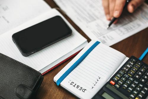 5 lý do dù được tăng lương nhưng bạn vẫn không giàu hơn - 1