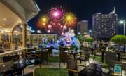 Rooftop Garden Bar - địa điểm ngắm pháo hoa đẹp ở Sài Gòn