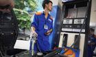 Giá cả tăng ra sao nếu thuế môi trường với xăng lên 4.000 đồng