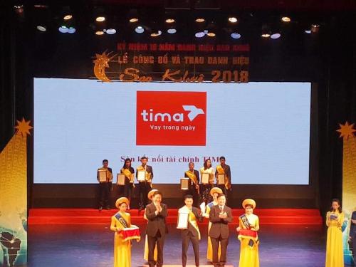 Tima nhận giải thưởng Sao Khuê năm 2018.