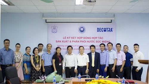 Công thức pha chế nước súc miệng được cán bộ Đại học Y Hà Nội nghiên cứu trong nhiều năm.