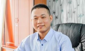Chàng trai bốc vác ôm mộng tạo lập công ty thanh lý nội thất triệu USD