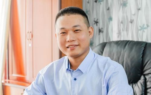 Phạm Văn Minh đang sở hữu hai công ty trong lĩnh vực chuyển nhà và thanh lý nội thất. Ảnh: NVCC.