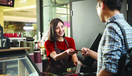 Thẻ tín dụng có nhiều tiện ích mà người dùng chưa tận dụng hết.