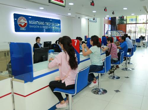 Khách hàng có thể thực hiện chuyển đổi số điện thoại đăng ký với SCB thông qua cú pháp SMS hoặc tại quầy.