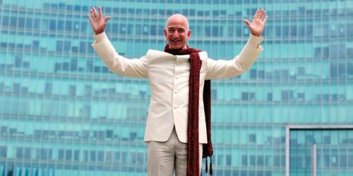 Ông chủ Amazon - Jeff Bezos. Ảnh: Reuters.