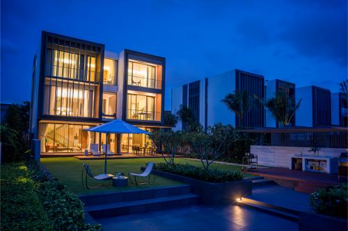 Thiết kế sang trọng với cảnh quan ngoại thất lẫn nội thất đẳng cấp của biệt thự Holm Residences.