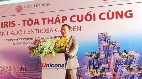 Ông Nguyễn Trọng Đồng - đại diện chủ đầu tư phát biểu trong lễ cất nóc tháp Iris.