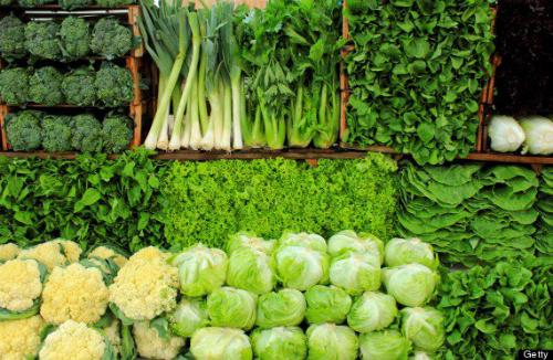 Rau xanh tại chợ TP HCM tăng mạnh tuần qua.
