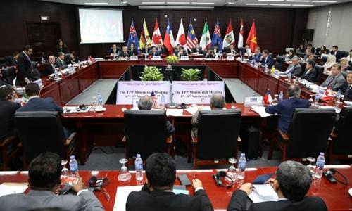 Bộ trưởng các nước CPTPP trong phiên họp cuối năm ngoái tại Việt Nam. Ảnh: Reuters