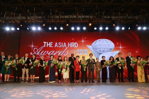 Các doanh nghiệp Việt Nam nhận giải Asia HRD Award năm 2018.