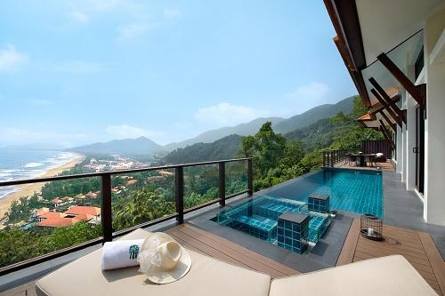 Biệt thự biển Banyan Tree Residences Lăng Cô mang phong cách kiến trúc đặc trưng của tập đoàn Banyan Tree và hoàng gia Huế.