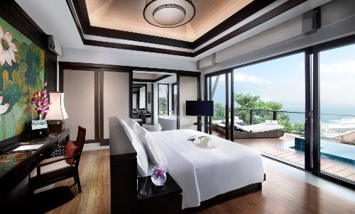 Không gian sống của biệt thự biển Banyan Tree Residences Lăng Cô mang kiến trúc mở kết nối trọn vẹn con người với thiên nhiên.