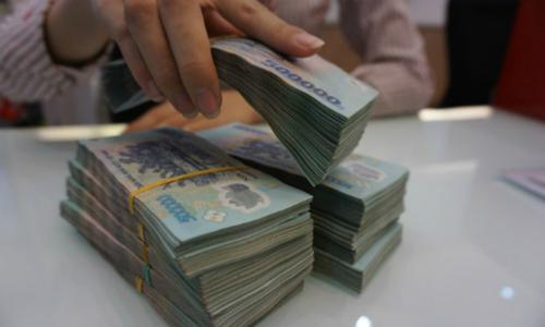 'Ông lớn' ngân hàng cũng vào cuộc đua tăng lãi suất tiết kiệm