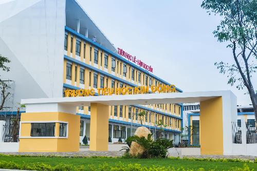 Trường Tiểu học Kim Đồng được xây đựng trong gần 4 tháng là một trong các hạng mục tiện ích của dự án.