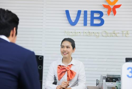 Từ nay đến hết năm, khách hàng giao dịch tại VIB hưởng nhiều ưu đãi.