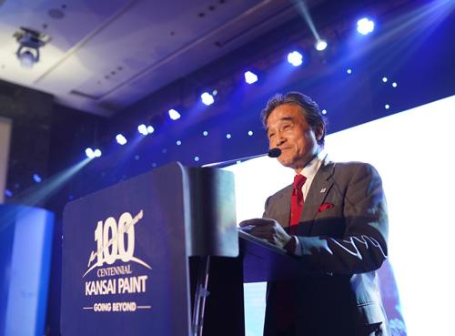 Ông Hiroshi Ishino phát biểu trong buổi ra mắt Ales Shiquy thị trường Việt Nam ngày 17/10