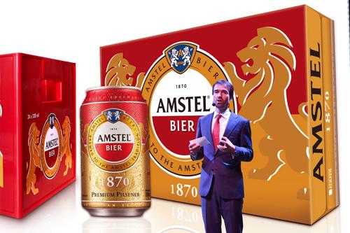 Ông Alexander Koch - Giám đốc Thương mại Cấp cao Heineken Việt Nam chia sẻ về thương hiệu Amstel tại buổi họp báo.