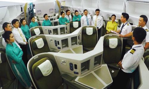 Phi công là một trong những vị trí nhận lương cao nhất trong ngành hàng không. Ảnh: VNA.