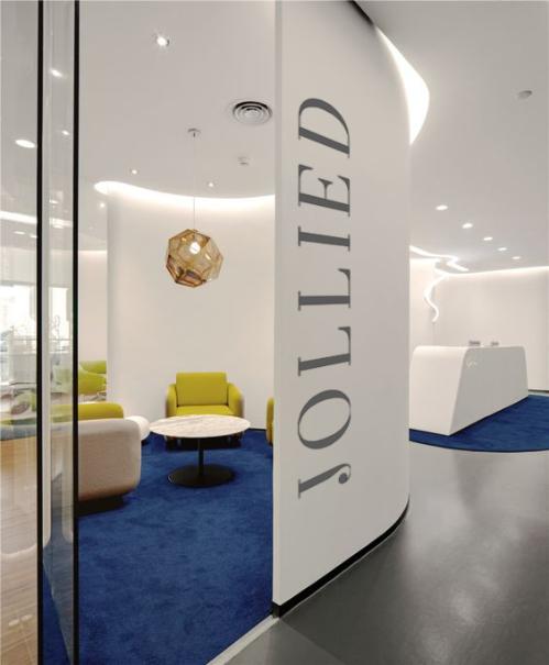 Jollie D sẽ hướng đến thương hiệu thẩm mỹ Việt Nam đầu tiên được niêm yết tên trên sàn chứng khoán.