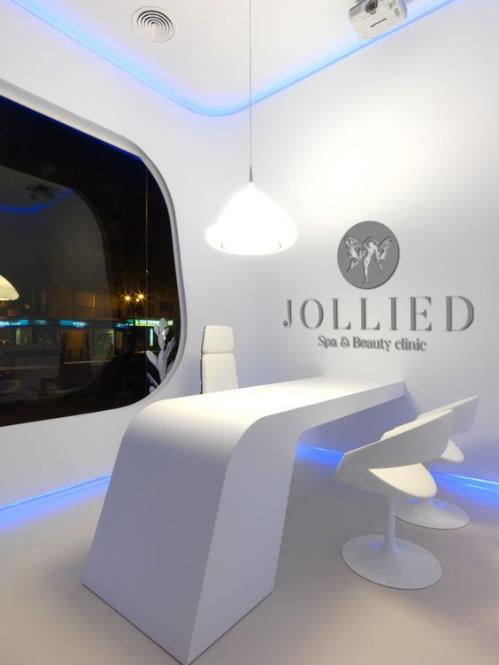 Jollie D Spa & Beauty Clinic đã hoạt động hơn 9 năm trong lĩnh vực thẩm mỹ.