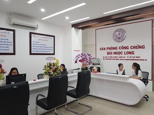 Văn phòng cung cấp các dịch vụ công chứng hợp đồng giao dịch, công chứng sao y, chứng thực bản dịch...