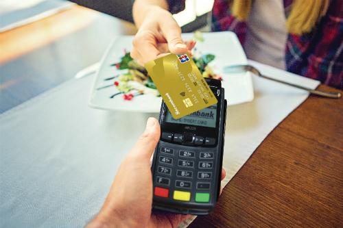 Để biết thêm thông tin chi tiết, khách hàng vui lòng liên hệ Hotline 1900 5555 88 hoặc 028 3526 6060; truy cập website khuyenmai.sacombank.com và đăng ký thẻ online tại website https://card.sacombank.com.vn.