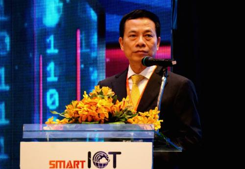 Bộ trưởng Bộ Thông tin - Truyền thông Nguyễn Mạnh Hùng phát biểu chiều ngày 24/10. Ảnh: Viễn Thông