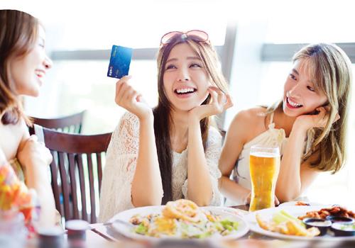 Thông tin chi tiết về chương trình khách hàng xem tại đây hoặc truy cập website www.bidv.com.vn; www.napas.com.vn