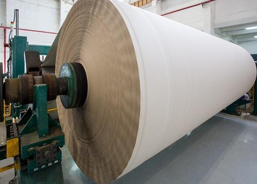 Phần lớn giấy hỗn hợp loại nguyên liệu nhập từ châu Âu, Mỹ và có kiểm định theo tiêu chuẩn quốc tế.