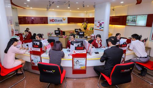Mạng lưới chi nhánh, phòng giao dịch của HDBank cũng nhưđiểm giao dịch tài chính của công ty tài chính tiêu dùng HD Saison cũng không ngừng mở rộng.