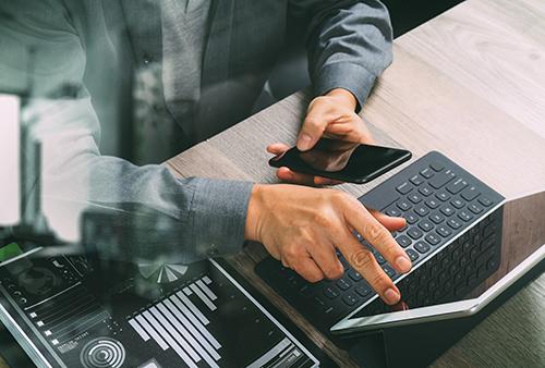 Ngân hàng tăng đầu tư cho dịch vụ, tiện ích công nghệ