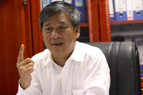 Ông Nguyễn Anh Trí - nguyên Viện trưởng Viện Huyết học & truyền máu Trung ương. Ảnh: Võ Hải