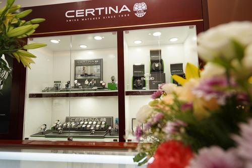 Không gian trưng bày đồng hồ Certina tại Galle Watch 156 Nguyễn Khánh Toàn, Cầu Giấy, Hà Nội