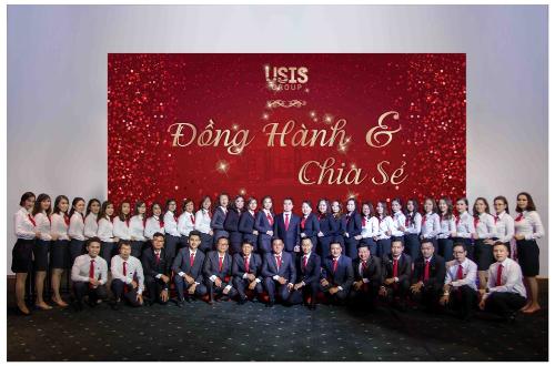 Với gần 10 năm trong lĩnh vực di trú, USIS Group cam kết đồng hành cùng khách hàng từ khâu chuẩn bị hồ sơ đến khi an cư thành công tại Mỹ.