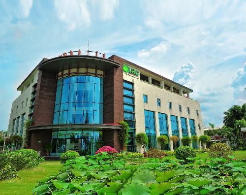 Long Hậu vào top 9 doanh nghiệp Việt dưới một tỷ đô tốt nhất châu Á