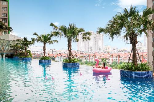 Bể bơi vô cực rộng 600m2 mô phỏng bãi biển đã hoàn thiện và phục vụ cư dân từ tháng 5/2018.