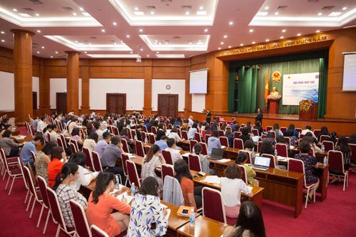 Hội thảo chuyên sâu về chuẩn mực Kế toán Quốc tế do Bộ Tài chính Việt Nam và CPA Australia phối hợp tổ chức đã thu hút gần 200 đại biểu tham dự.