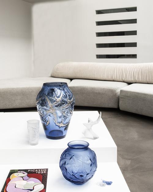 Với 6 lĩnh vực kinh doanh: đồ nội thất, trang trí nội thất, sản phẩm nghệ thuật, nước hoa, và trang sức, cùng chuỗi nhà hàng - khách sạn Villa René Lalique, lâu đài Hochberg và lâu đài Lafaurie-Peyraguey, thương hiệu Lalique ngày nay mang đến cho khách hàng trải nghiệm toàn vẹn về lối sống thượng lưu đậm chất Pháp. Tất cả khởi nguồn và xoanh quanh câu chuyện về niềm đam mê với pha lê cùng thủy tinh của những nghệ nhân tạo tác hàng đầu thế giới.