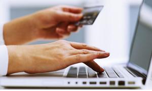 Để người nghèo cũng dùng được ví điện tử, QR Code