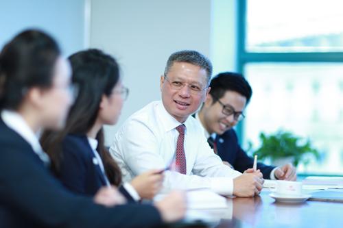 Techcombank đặt kế hoạch lợi nhuận trước thuế năm tới tăng 10-20%.