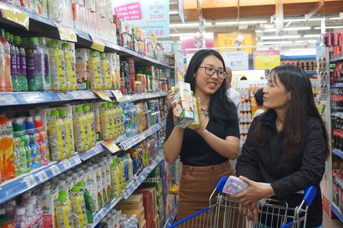 Khách hàng có cơ hội mua sắm nhiều sản phẩm