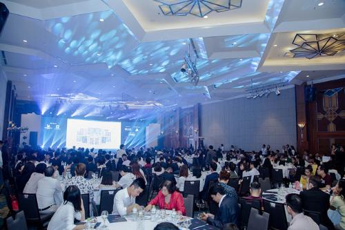 Hàng trăm khách hàng tham dự sự kiện mở bán D. El Dorado