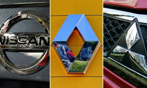 Logo 3 hãng xe trong liên minh -issan, Renault và Mitsubishi.Ảnh: Reuters