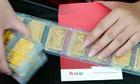 Giá vàng miếng trong nước tăng ngược chiều thế giới