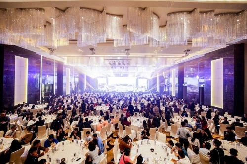 Hơn 1.000 khách tham gia Lễ mở bán ngày 11/11.