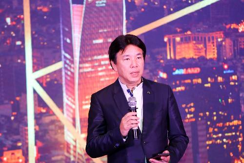 Ông Jimmy Chan phát biểu tại The Luxury Conference 2018.