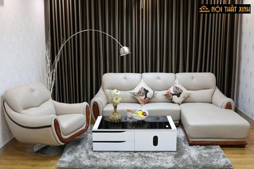 Với những phòng khách có diện tích rộng, bộ sofa da kết hợp với ghế đơn xoay thư giãn sẽ tạo điểm nhấn cho toàn bộ căn hộ.
