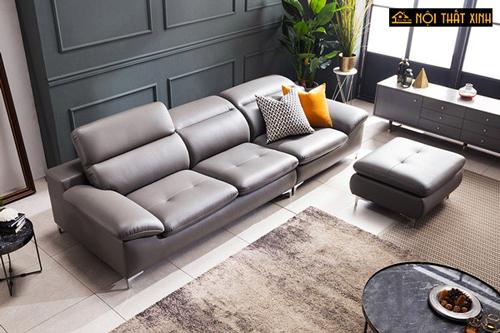Kiểu sofa da nhỏ gọn này lại cải tiến form dáng kết hợp với đôn to tạo sự gọn gàng, dễ dàng di chuyển, phù hợp với phòng khách chung cư, nhà phố nhỏ hiện đại.